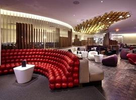 Аэропорт Омска закупает вип-диваны