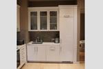Кухня белая в глянцевой эмали с пилястрами из МДФ