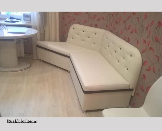 Кухонный уголок с одним углом со спальным местом