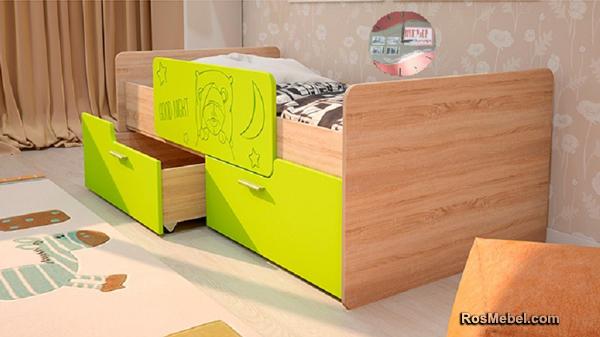 Детская кровать Умка с бортиком лайм глянец
