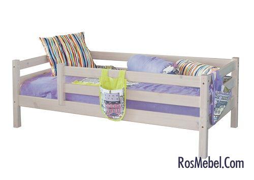 Детская кровать с бортиками реечного типа обеспечит вентиляцию